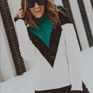 Green Artic V Sweater